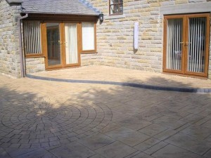 one of our recent installations of concrete driveways in runcorn